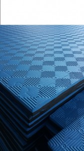 1 meter Large Safety Mats in Blue and Black with diamond print